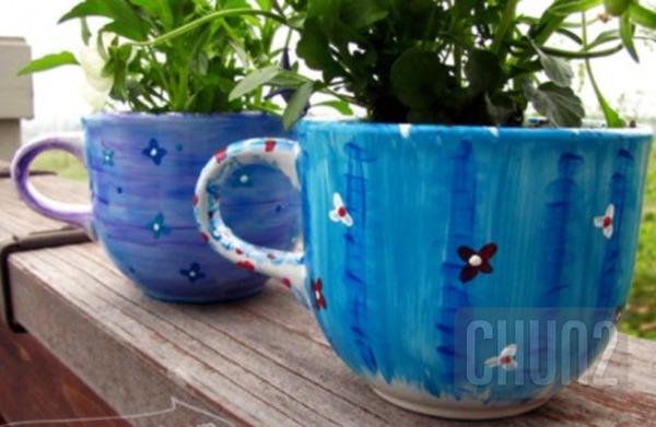 รูป 2 ไอเดียทำกระถางดอกไม้เล็กๆ จากแก้วกาแฟ