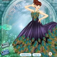 แต่งตัวสาวสวย ชุดนกยูง ในป่า
