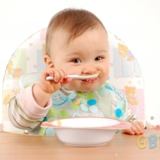 เคล็ดลับ การป้อนอาหารเด็ก