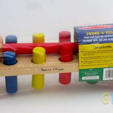 ของเล่นไม้ หมุดตอกหลากสี ฝึกทักษะมือและสมอง Melissa and Doug Pound-a-Peg