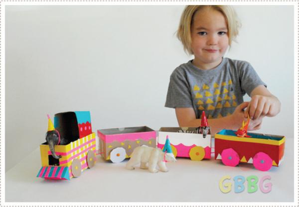 รูป 5 ทำของเล่นให้ลูก รถไฟจากกล่องเก่าๆ