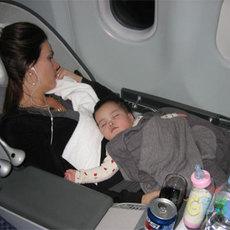 วิธีเตรียมตัว พาลูกน้อย ขึ้นเครื่องบิน