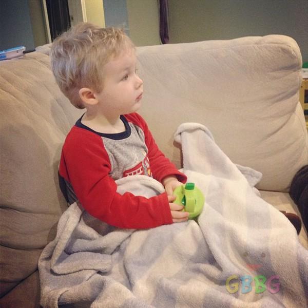 สังเกตได้อย่างไร เมื่อลูกเป็นไข้เลือดออก