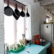 แต่งห้องครัว ผนังปูนหยาบให้สดใส
