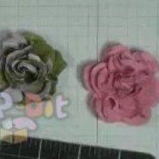 วิธีประดิษฐ์ ดอกไม้กระดาษ ติดบอร์ด, การ์ด, …
