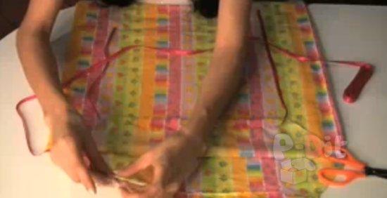 รูป 7 สอนทำชุดเดรส สำหรับเด็ก จากปลอกหมอน