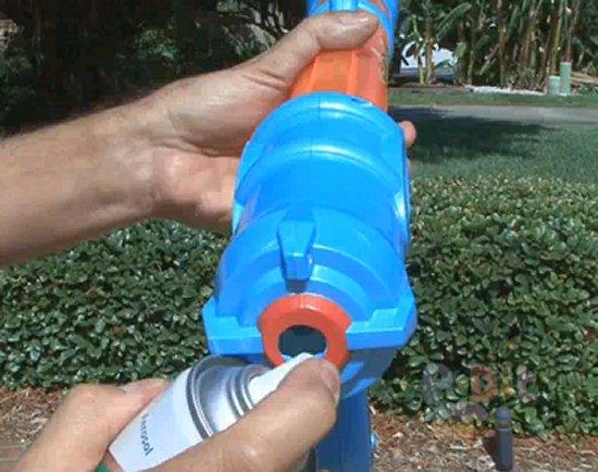 รูป 3 วิธีดัดแปลงของเล่น จากยิงใกล้ ให้ยิงไกลขึ้น