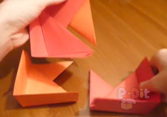 รูป 4 สอนพับกล่องใส่ของขวัญสวยๆ