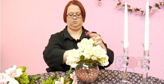 รูป 3 สอนจัดดอกไม้ ประดับเชิงเทียน วันแต่งงาน