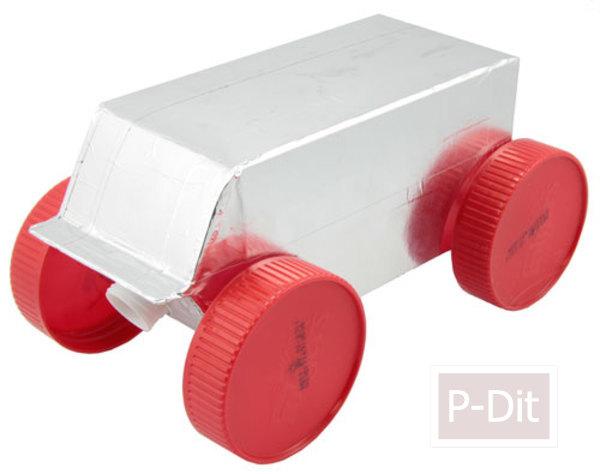 รูป 6 ทำรถของเล่น จากกล่องนม