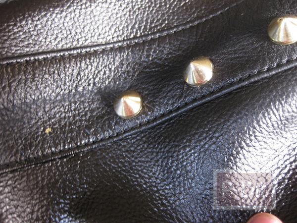 รูป 7 เปลี่ยนกระเป๋าเก่า ให้เป็นกระเป๋าสีใหม่