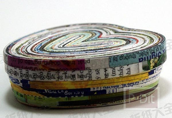รูป 5 ทำกล่องใส่ของ จากกระดาษนิตยสาร