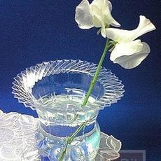 ประดิษฐ์แจกันดอกไม้ จากขวดน้ำอัดลม