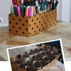 กล่องใส่ปากกา กับแกนกระดาษทิชชู่
