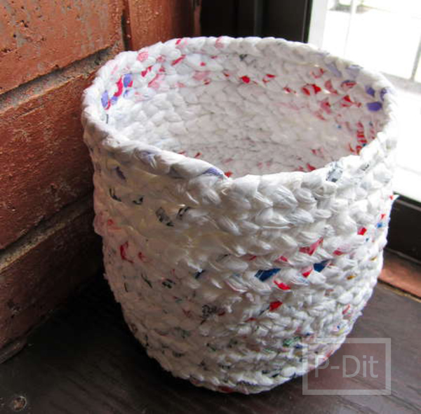 รูป 2 ถังขยะ ทำจากถุงพลาสติก