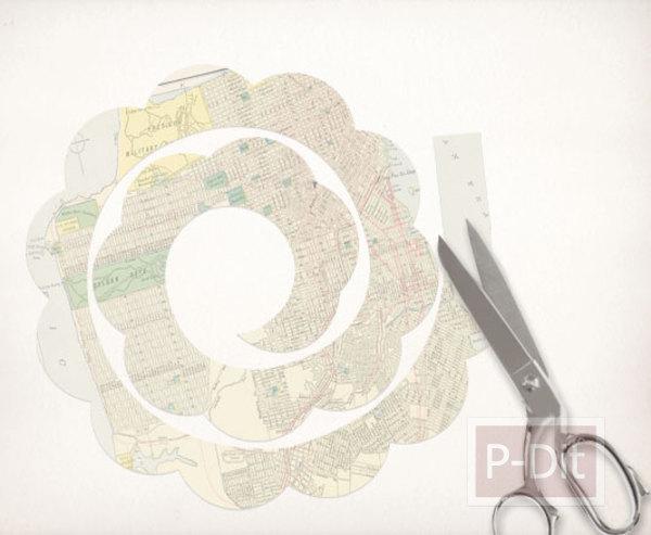 รูป 3 ประดิษฐ์ดอกไม้ จากกระดาษนิตยสาร