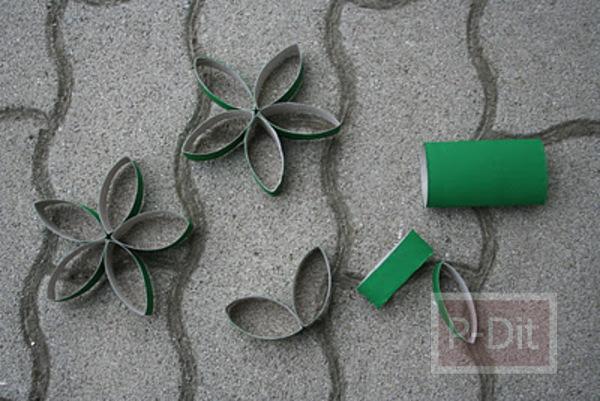 รูป 3 ทำดอกไม้ตกแต่งวันคริสต์มาส จากแกนกระดาษทิชชู