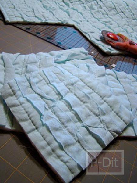 รูป 4 เย็บผ้าห่มผืนใหม่ ให้เด็ก จากเศษผ้า