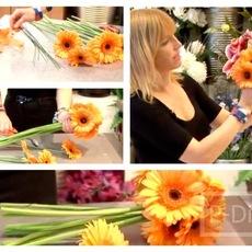 ไอเดียจัดดอกไม้สวยๆ ช่อดอไม้สีส้ม