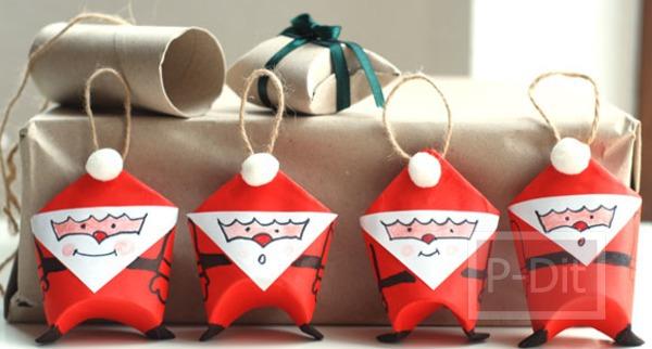 รูป 2 ประดิษฐ์ตุ๊กตา ซานตาครอสประดับต้นคริสต์มาส์ จากแกนกระดาษทิชชู