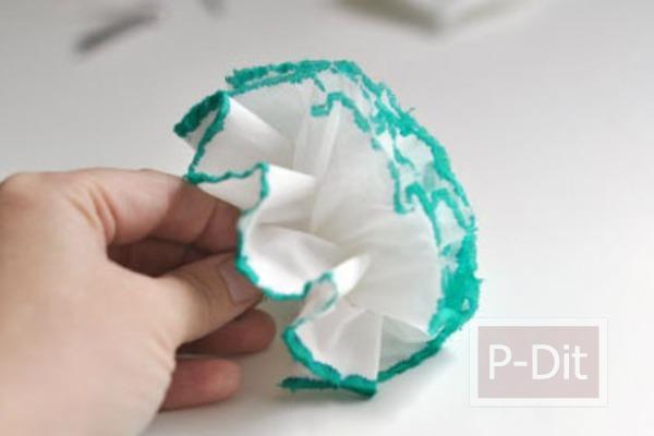 รูป 6 ประดิษฐ์ดอกไม้จากกระดาษทิชชู