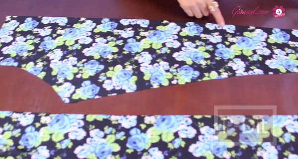 รูป 5 ตัดกางเกงเลคกิ้ง ลายสวยๆด้วยตัวเอง