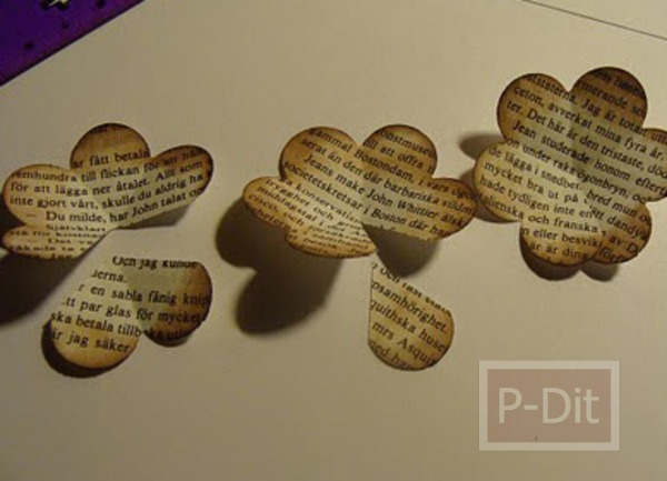 รูป 5 ทำดอกกุหลาบ จากกระดาษหนังสือพิมพ์