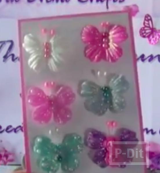 รูป 2 ผีเสื้อสวยๆ ทำจากดอกไม้สำเร็จรูป