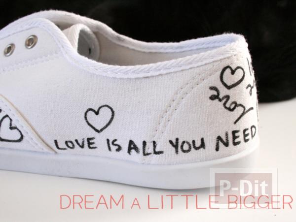 รูป 5 ตกแต่งรองเท้าให้มีลาย คำพูดน่ารักๆพร้อมรูปหัวใจ