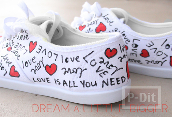 รูป 6 ตกแต่งรองเท้าให้มีลาย คำพูดน่ารักๆพร้อมรูปหัวใจ