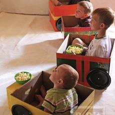 เปลี่ยนกล่องกระดาษ ให้เป็นรถของเล่น