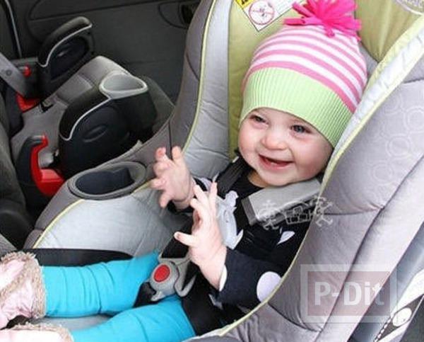 รูป 3 ทำหมวกให้เด็กน้อย จากเสื้อแขนยาวตัวเก่า
