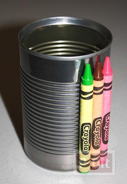 รูป 2 กล่องใส่ช้อนพลาสติก ตกแต่งด้วยสีเทียน สดใส