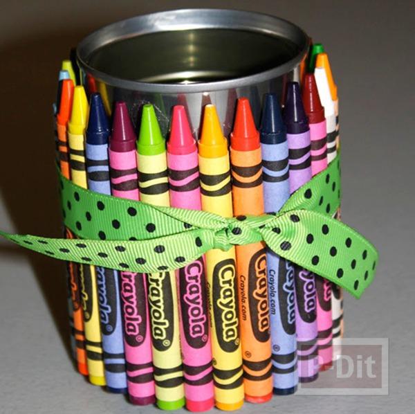 รูป 4 กล่องใส่ช้อนพลาสติก ตกแต่งด้วยสีเทียน สดใส