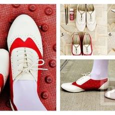 รองเท้าหนังสีขาว ทาสีแดง สวยน่าใส่