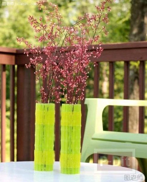 รูป 5 แจกันดอกไม้สวยๆ หุ้มด้วยหลอดสีเขียว