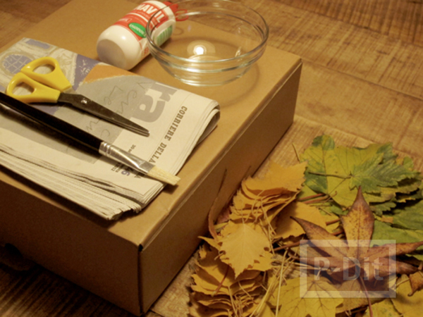 รูป 2 ตกแต่งกล่องกระดาษ ด้วยใบไม้แห้ง