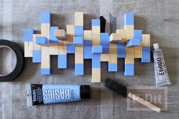 รูป 4 ที่แขวนเครื่องประดับ ทำจากบล็อคไม้