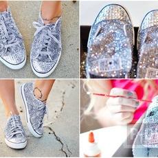 รองเท้าผ้าใบ ตกแต่งสวยๆ ด้วยกากเพชร