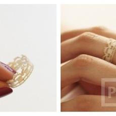 แหวนใส่เล่น ทำจากลูกไม้ สีขาว