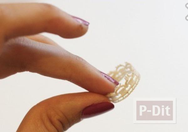 รูป 3 แหวนใส่เล่น ทำจากลูกไม้ สีขาว
