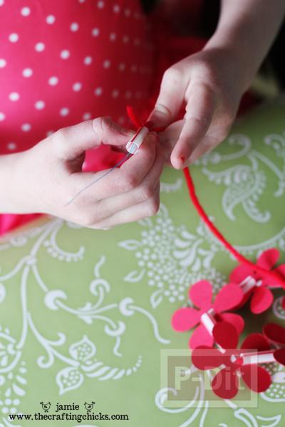 รูป 6 สร้อยคอดอกไม้แสนสวย สำหรับเด็ก