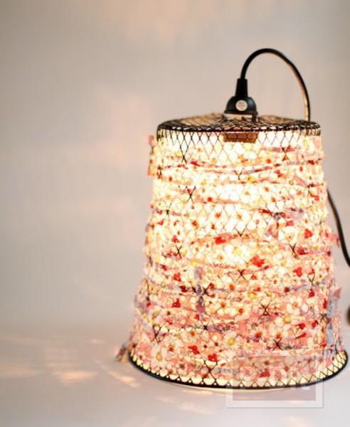 รูป 2 โคมไฟสวยๆ ทำจากตะกร้าเหล็ก