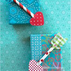 กล่องของขวัญ ลูกศรปักใจ ส่งรัก