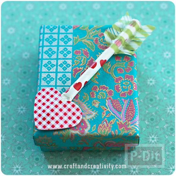 รูป 3 กล่องของขวัญ ลูกศรปักใจ ส่งรัก