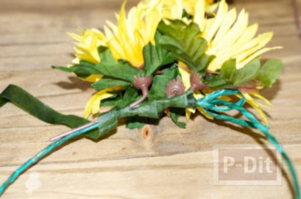 รูป 5 สอนทำมงกุฎดอกไม้ ดอกทานตะวัน