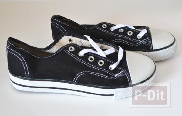 รูป 2 รองเท้าผ้าใบ ตกแต่งลายสวย สีสดใส