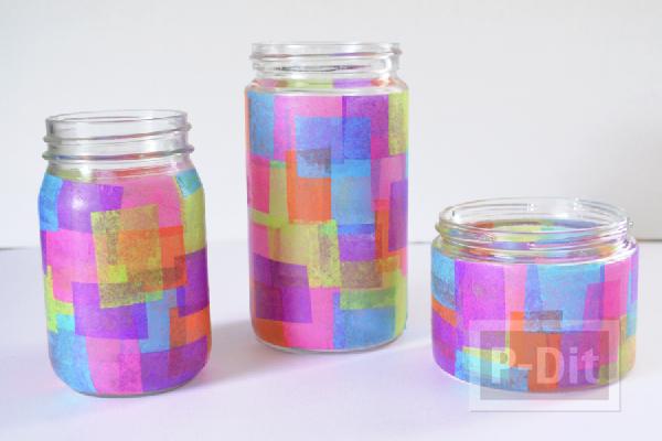 ขวดแก้ว นำมาตกแต่งด้วย กระดาษว่าว หลากสี