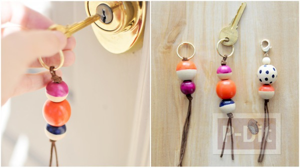 พวงกุญแจสวยๆ ทำจากลูกปัดไม้