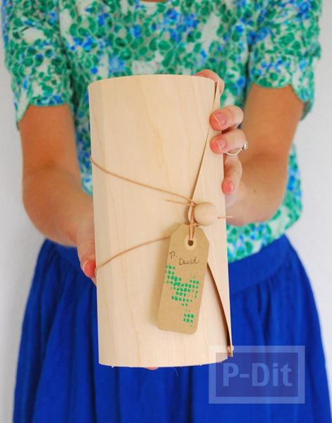 รูป 2 กล่องของขวัญ ประดิษฐ์เป็นทรงกระบอก